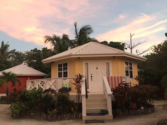 Cocotal Inn & Cabanas: One of the cabanas