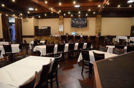 Bradley, IL: banquet room
