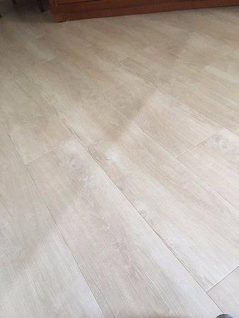 Bathroom Floor Vinyl