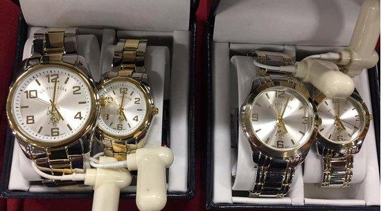 480333f8b52 Relógios a preços muito em conta no Dolphin Mall - Foto de Dolphin Mall