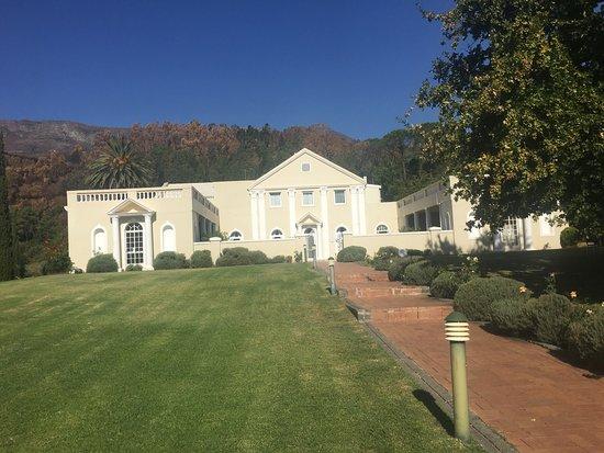 Cascade Manor: photo5.jpg