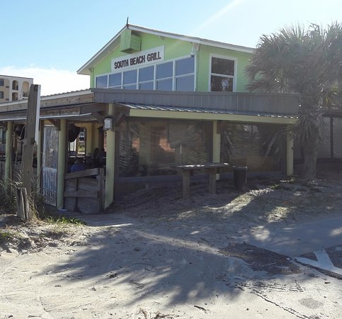 "Crescent Beach, Flórida: View from the beach. It's not a ""beach shack""...inside is very nicely decorated."