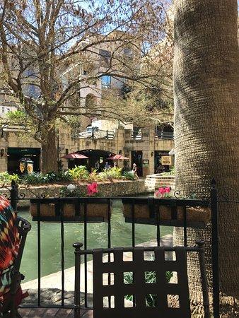 Las Canarias Restaurant : river view