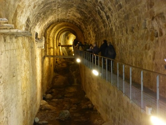Bóveda del Rio Cerezuelo: Bóbeda y rio Cerezuelo