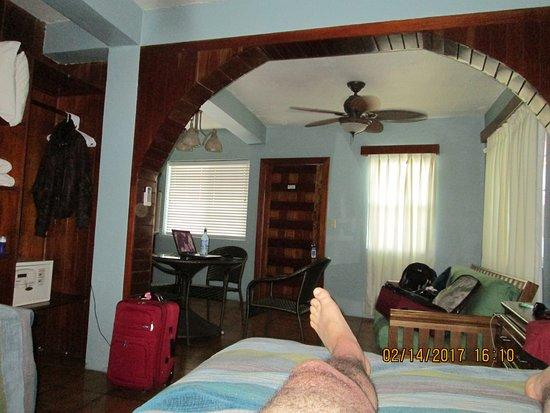 Blue Tang Inn Photo