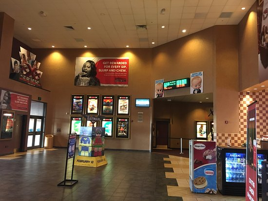 Cinemark Allen 16 and XD: Theater lobby