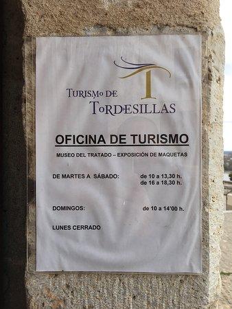 photo0.jpg - Picture of Museo del Tratado de Tordesillas ...