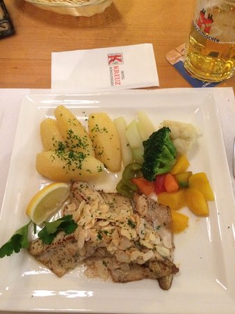Konolfingen, Switzerland: Great Egli fish meal served by friendly staff