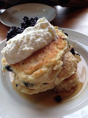 Mildred's Temple Kitchen : Behold! The greatest pancakes in Canada!