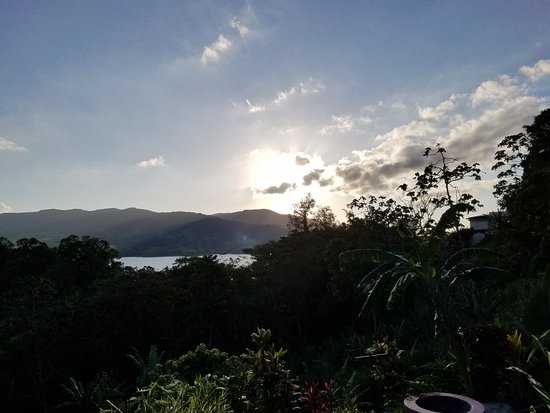 Nuevo Arenal, Costa Rica: Sunset from our deck
