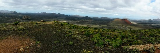 La Asomada, Ισπανία: caldera del cuervo y montaña colorada desde montaña negra