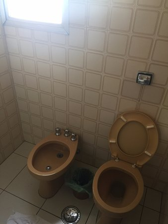 Hotel Moncloa: Banheiro 2