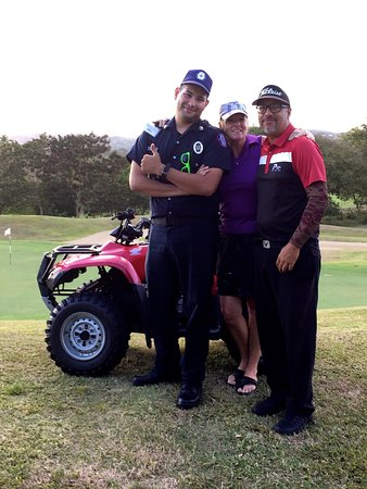 Palmas Del Mar Golf Club : Security guy and Chris were AWESOME! Thx for the help!