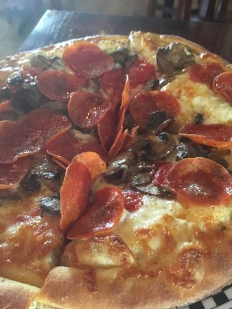 Anthony's Coal Fired Pizza: Won't be back.