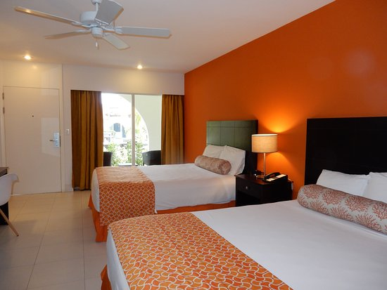 Talk of the Town Hotel & Beach Club: Two Queen size beds Standard or Superior room.