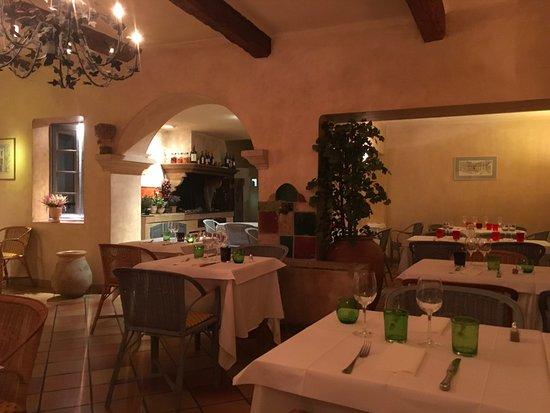 Restaurant chez feraud dans aix en provence avec cuisine - Chambre chez l habitant aix en provence ...
