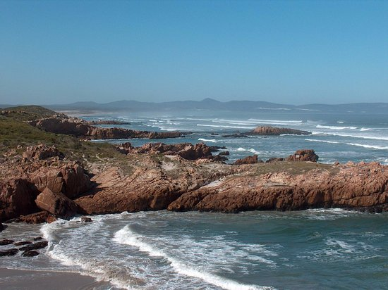 Hermanus, South Africa: Voelklip Beach just before you reach Grotto