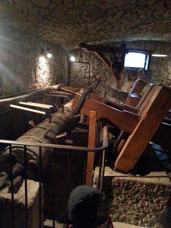 Moulin de la Tourne: L'une des pièces-maîtresses pour la fabrique du papier