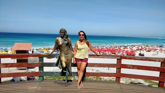 Estatua da atriz Flavia Alessandra