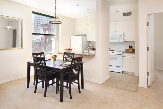 Oakwood at downtown boston updated 2017 apartment for Apartment reviews