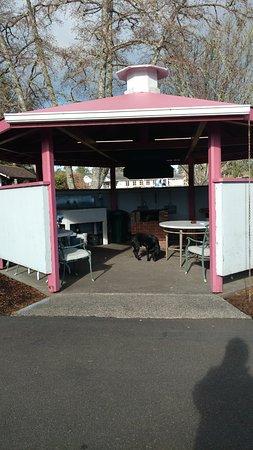 Entrance - Picture of Mariners Cove Inn, Westport - Tripadvisor