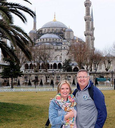 Istanbul Guided Private Tours : Sultan Ahmet Mosque - Blue Mosque