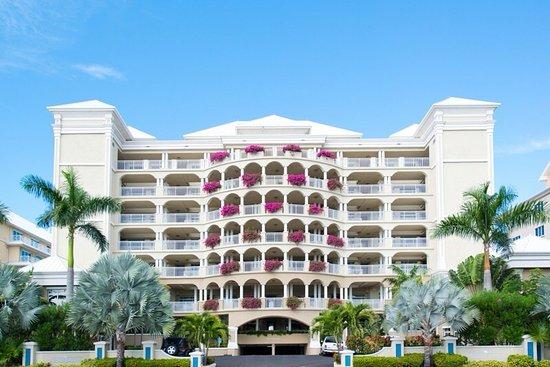 Beachcomber Grand Cayman: Beachcomber Entry