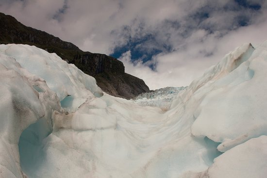 Fox Glacier Guiding: Looking up again