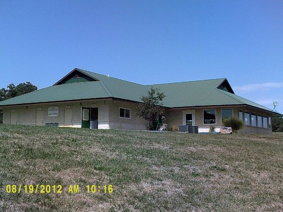 Owensville, MO: Bath House, Laundry, Rec Center