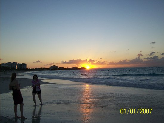 Ports of Call Resort: Grace Bay sunset
