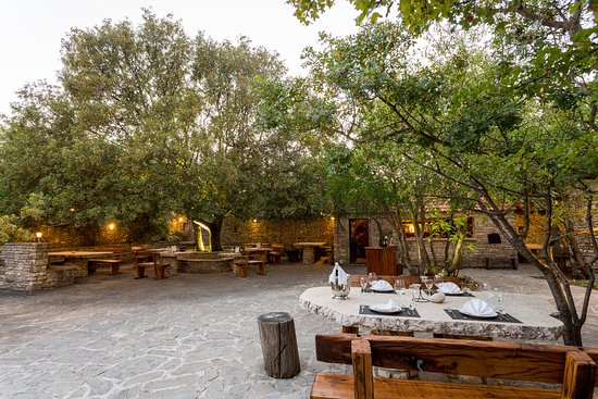 Brać, Chorwacja: courtyard for guests