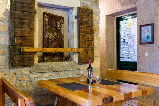 Brač, Kroatië: Tavern  (insade)