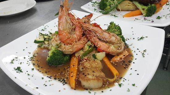 Тин-Кей-Бей, Австралия: chinese seafood