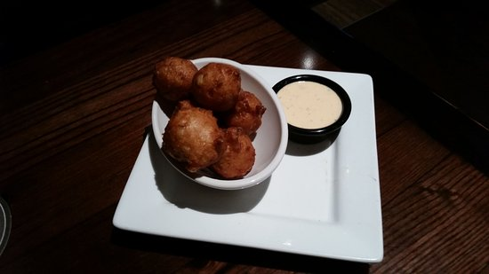 LongHorn Steakhouse: Corn Fritters
