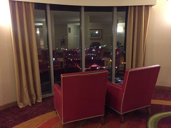 Anaheim Marriott Suites: photo2.jpg