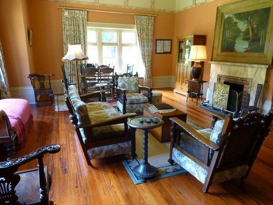living room of buxton manor apartment picture of buxton manor rh tripadvisor com au