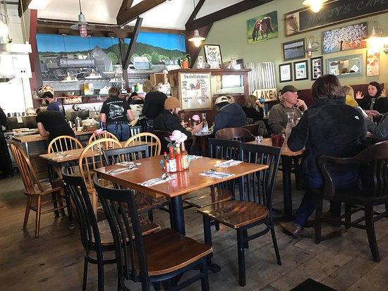 Marty S Cafe Photo3 Jpg