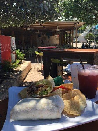 Ficus Mexican Bar & Grill: Cuban Wrap