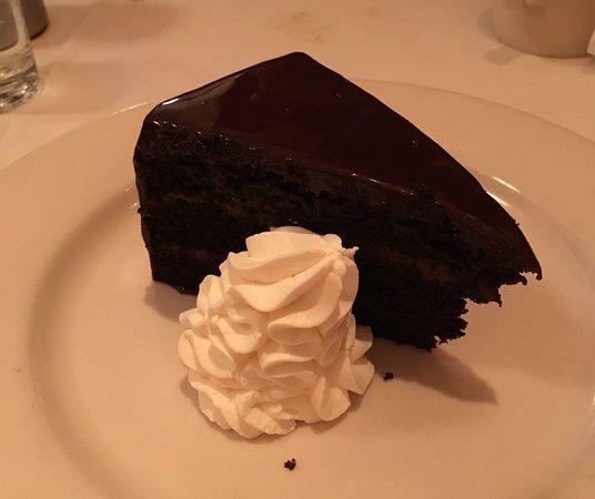 Shaw's Crab House: Chocolate layer cake
