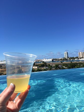 Sheraton Puerto Rico Hotel & Casino: Infinity pool