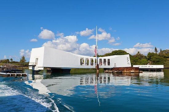 Day at Pearl Harbor Deluxe Tour