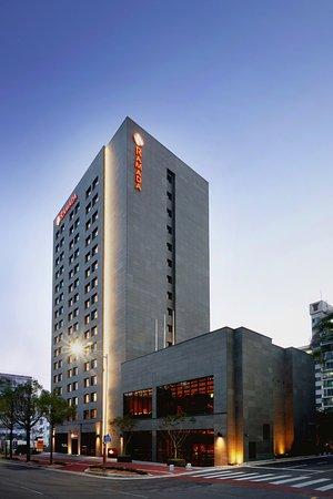 Exterior of Ramada Gunsan Hotel