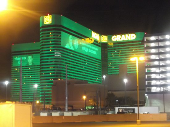 Harrahs casino st louis address