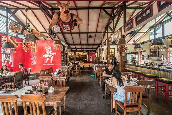 It's Naughty Nuri's rebranded! - Review of Hog Wild with Chef Bruno,  Kerobokan, Indonesia - TripAdvisor