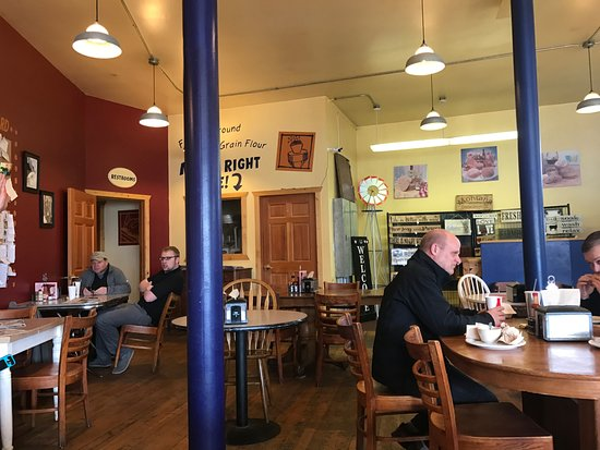 Butte, MT: Interior Eating Area