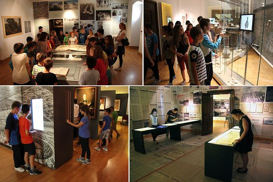 Vukovar, Kroatien: Visitors and guided groups in the interactive museum