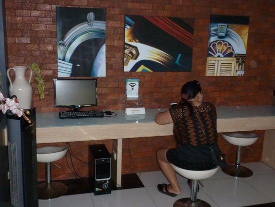 Chinotel Phuket: Espace Internet