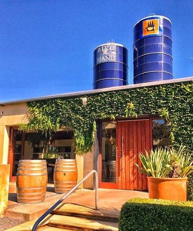 Wistow, Australia: Visit the beautiful Bird in Hand Cellar Door for special release wine tastings