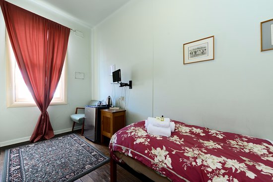 Room 4 Half Picture Of Edinburgh Gallery Bed And Breakfast