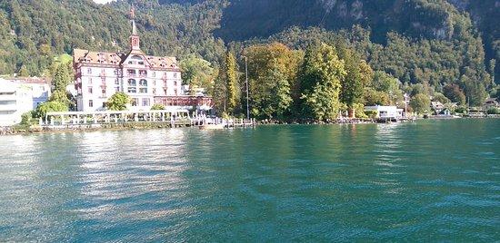 Hotel Vitznauerhof: Schifffahrt mit Blick auf das Hotel
